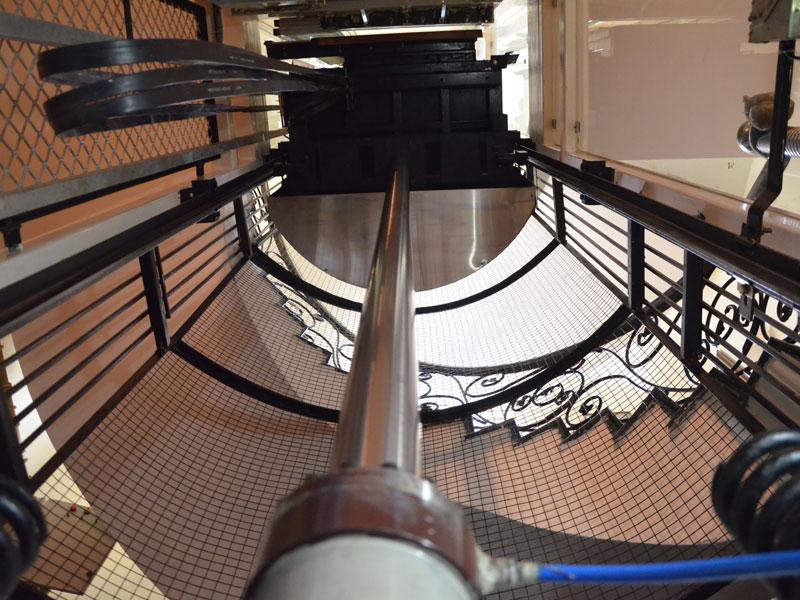 xvuiooad راهنمای انواع آسانسور و کاربرد آن ها